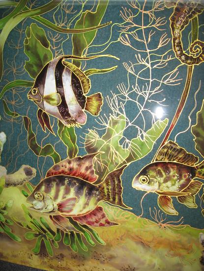 Рисунки на зеркале и стекле красками в Киеве для кухни и шкафа-купе рыба