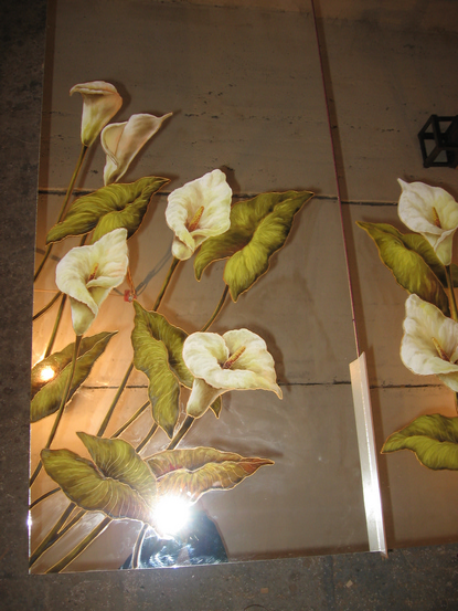 Рисунки на зеркале и стекле красками в Киеве для кухни и шкафа-купе дерево