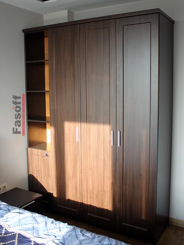 Классический четырехдверный шкаф в спальню Киев