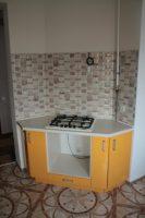Оранжевая кухня с фурнитурой GTV