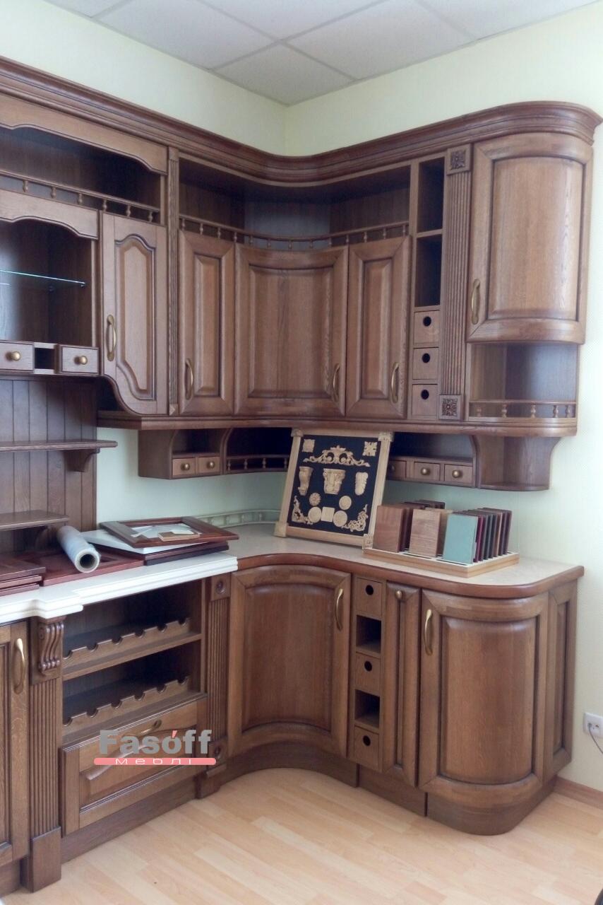 Кухня с декоритивными элементами из дерева KS Киев
