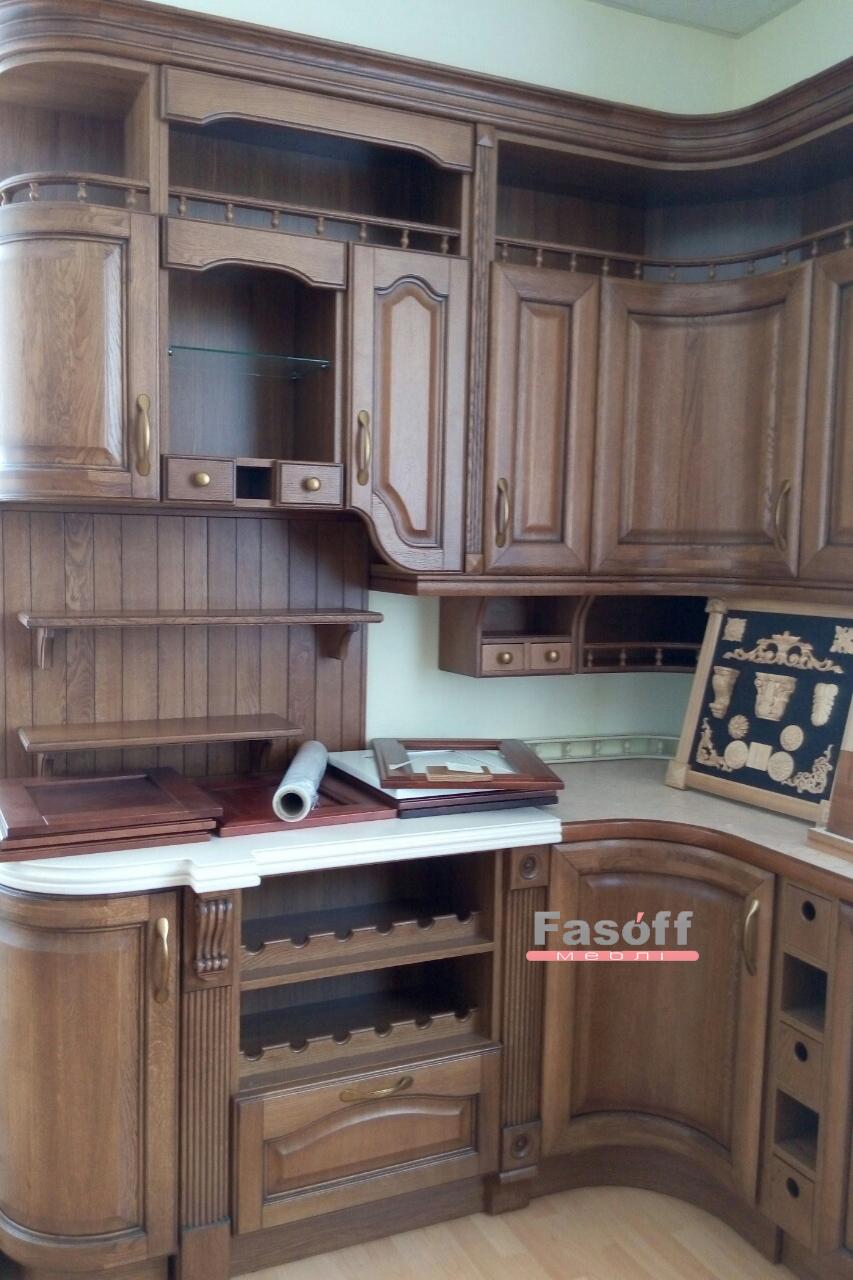Деревянная кухня с декоравными элементами KS Житомирская