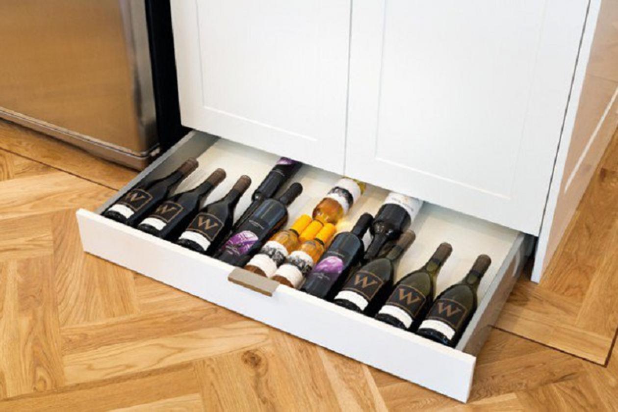 Хранение спиртного на кухне