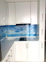 Кухня под заказ с фасадом МДФ крашеный и фурнитурой GTV Стоянка