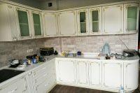 Кухня под заказ с фасадами Diportes МДФ пленочный белый с золотой патиной Киев