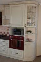 кухня под заказ с крашеными фрезероваными фасадами МДФ с патиной и фурнитурой GTV + Blum Буча