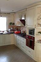 кухня под заказ с крашеными фрезероваными фасадами МДФ с патиной и фурнитурой GTV + Blum Киев