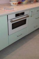 Кухня под заказ с крашенными МДФ фасадами и столешницей Люксформ Ирпень