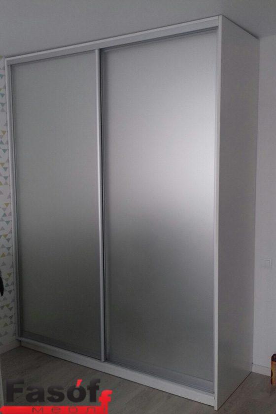Шкаф-купе под заказ с раздвижной системой Elite, наполнение дверей - зеркало серебро с пескоструем, корпус ДСП Swisspan Святошинский раен