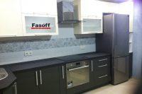 Купить черно-белую кухню с пленочными фасадами AGT и столешницей ARPA под заказ Борщаговка
