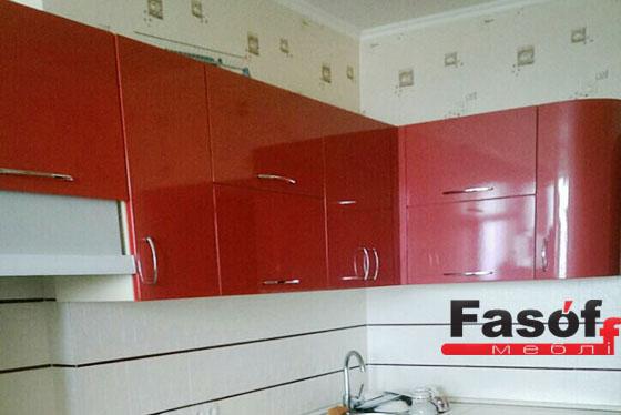 Купить красную глянцевую кухню под заказ в Киеве