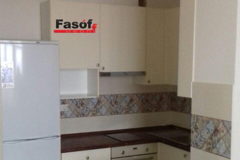 Белая кухня под заказ с фасадами AGT гладкий 19 мм, корпусом ДСП Swisspan 18мм, фурнитурой GTV Польша в Киеве