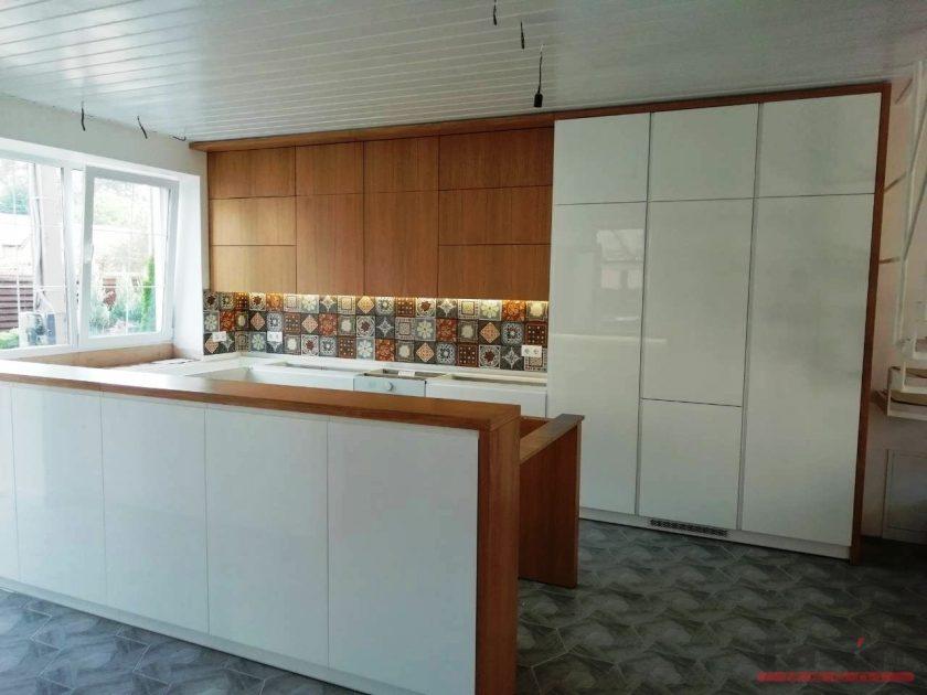 кухня мдф крашеный и шпон
