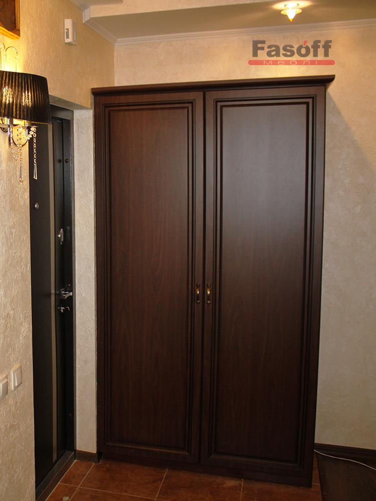 Классический шкаф в прихожую Киев