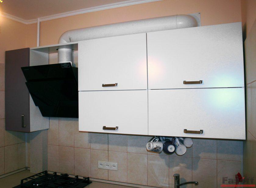 Кухня модерн белая с фиолетовым Киев