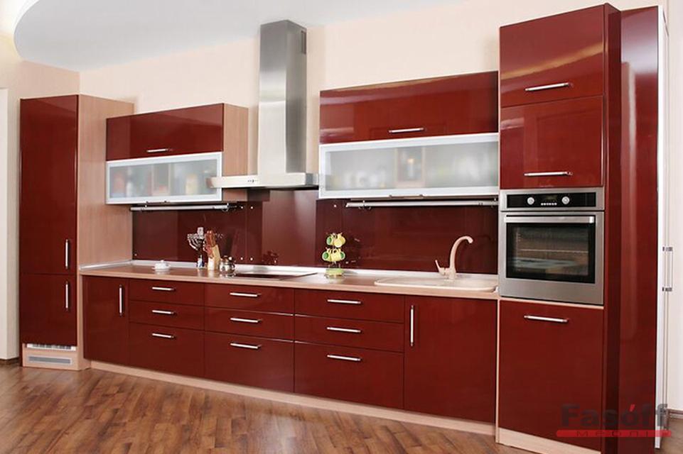 Прямая красная кухня с крашеными МДФ фасадами с фурнитурой Hettich Житомирская