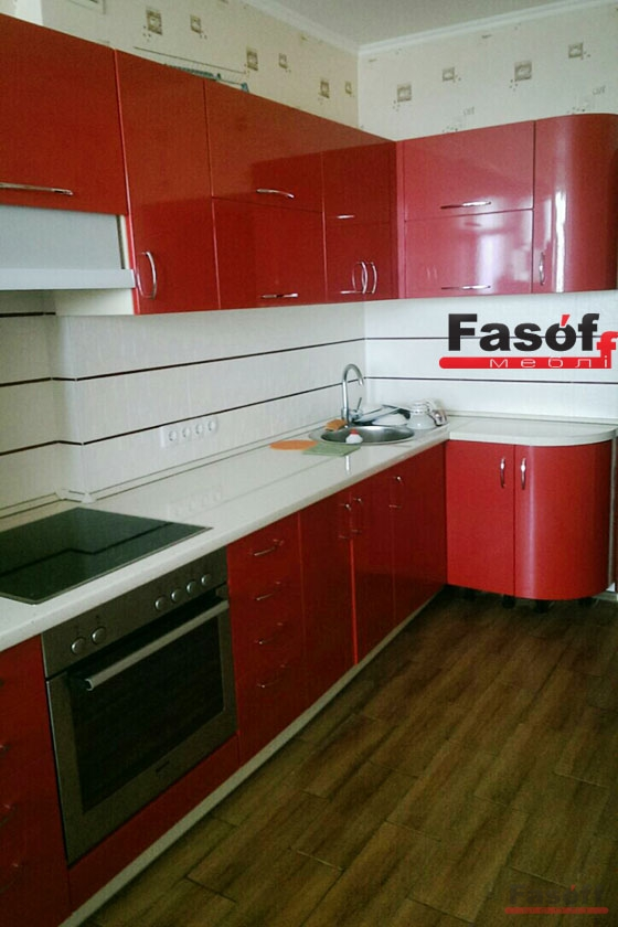 кухня на заказ красная