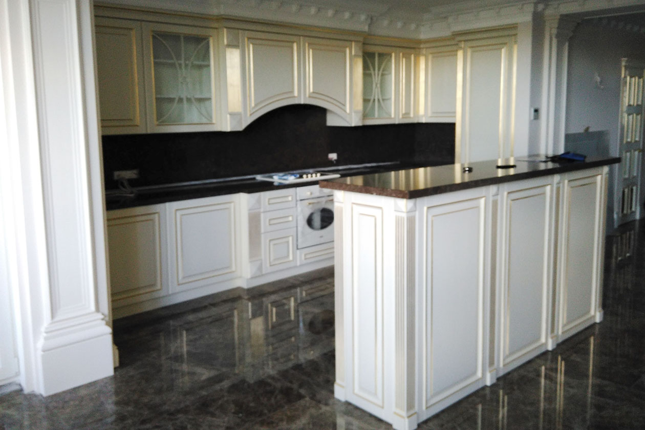 Кухня со столешницей с натурального камня купить в Гостомеле